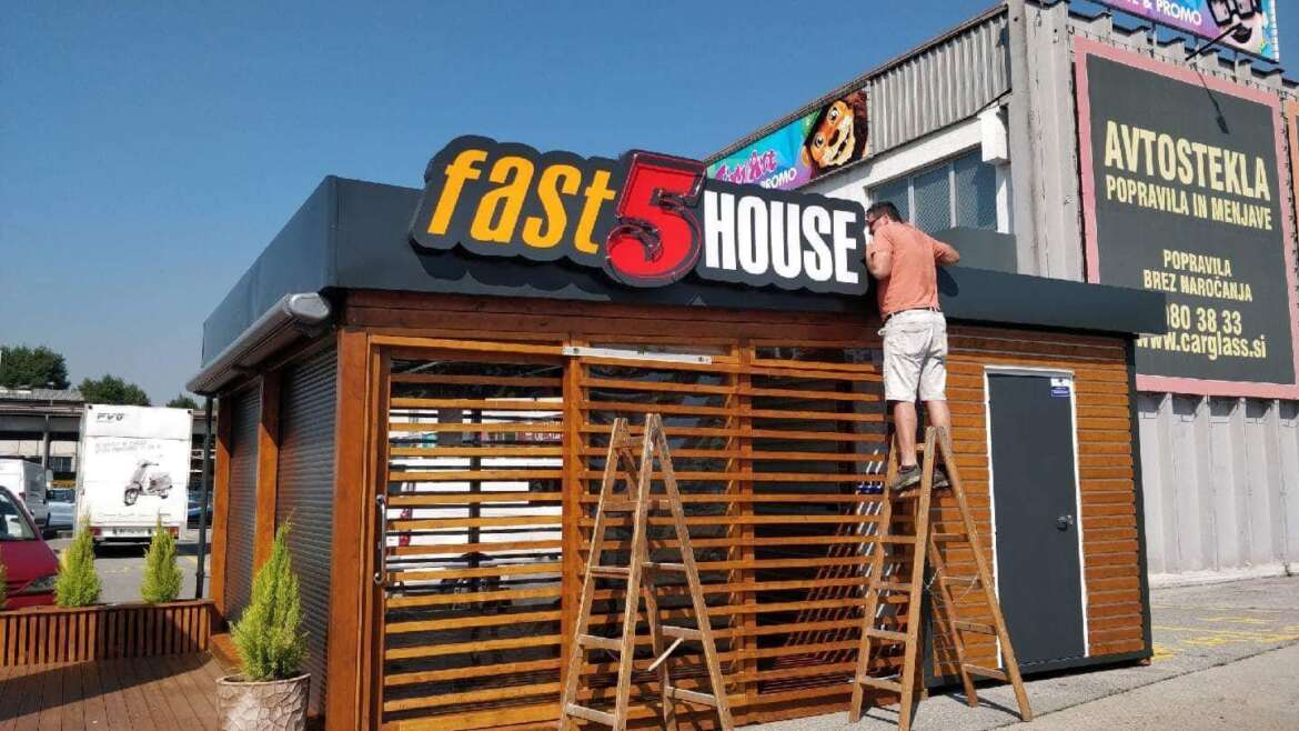 Fast 5 house